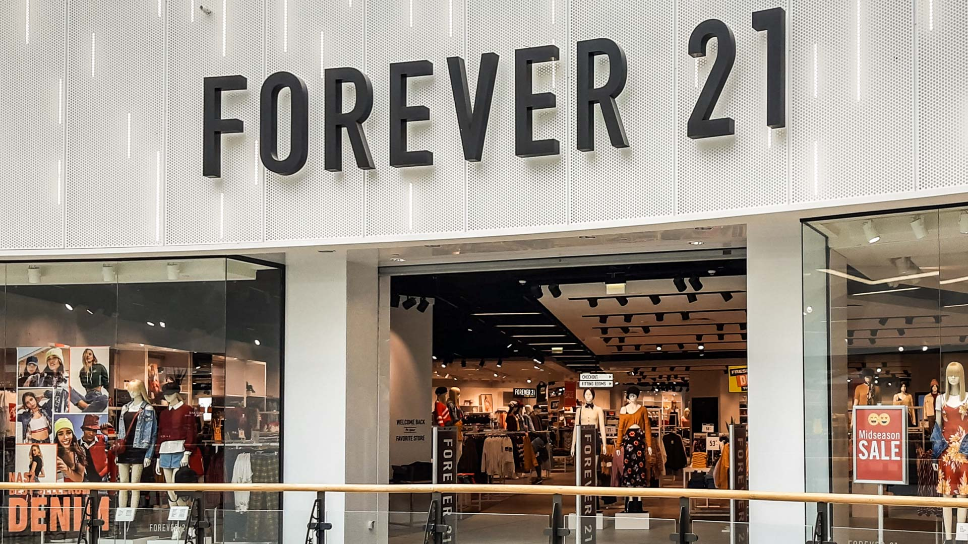 Forever 21 Arkadia Mall