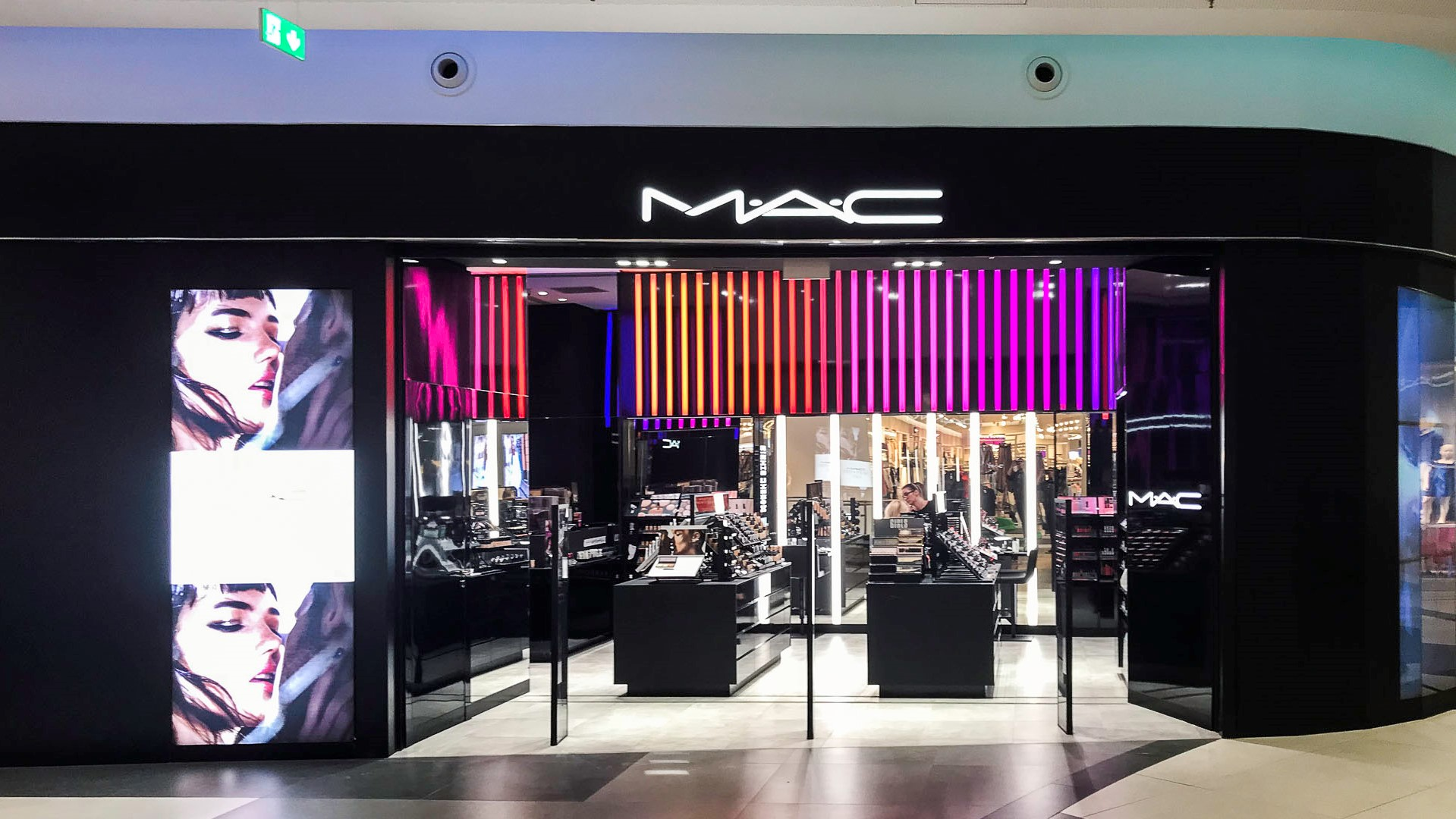 Mac Sun Plaza Mall