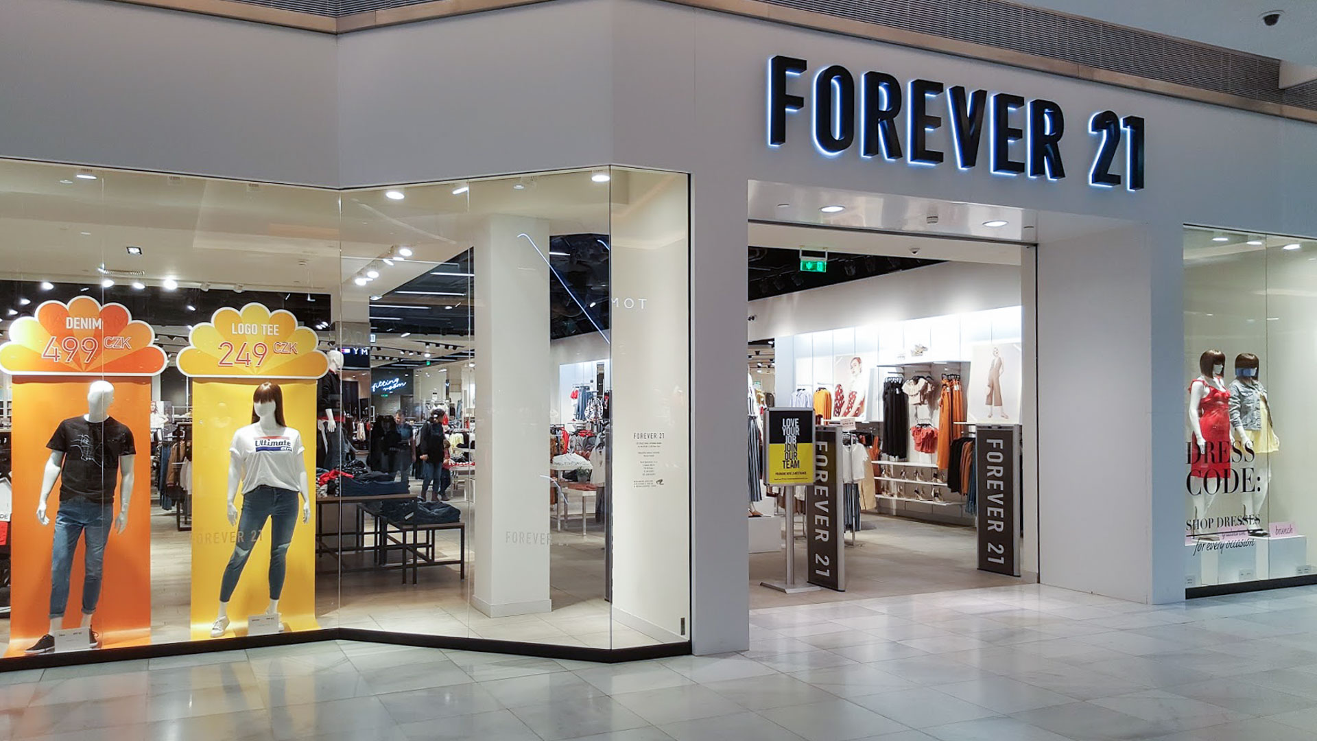 Forever 21 Cerny Most