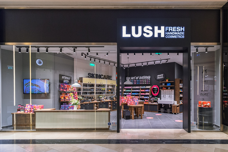 LUSH Golden Hall